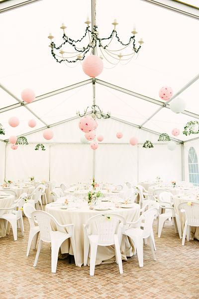salle de mariage champêtre décoration