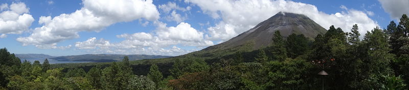 vue panoramique volcan Arenal costa rica